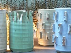 london-interior-design-store-pastel-coloured-vases-960x720